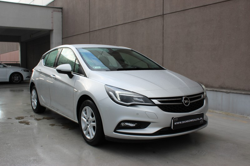 Przeglądasz: Opel Astra CDTi Enjoy 2016 r. 23% VAT