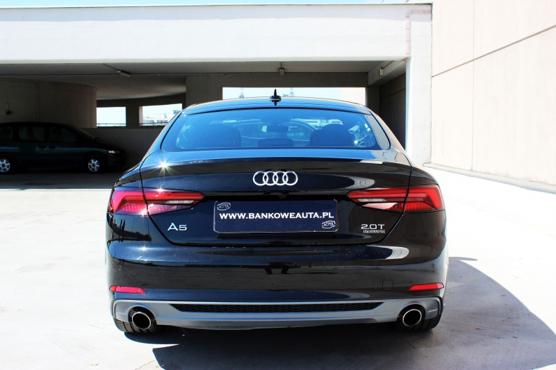 Przeglądasz: Audi A5 S-Line 2018 r.
