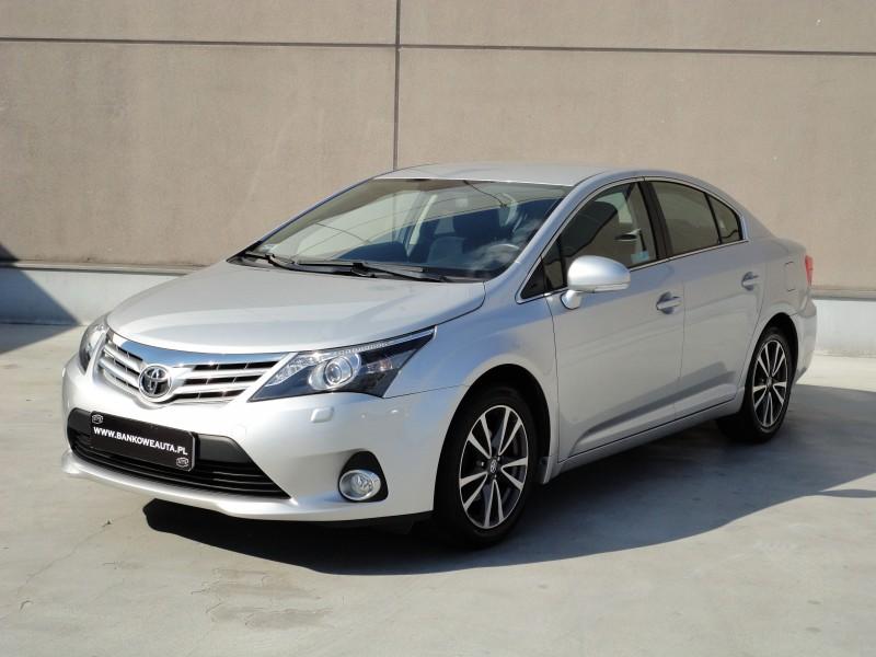 Przeglądasz: Toyota Avensis 2.0 Premium 2012 r. VAT 23%