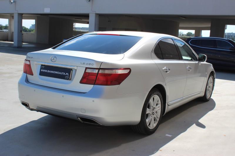 Przeglądasz: Lexus LS460 2007 r.