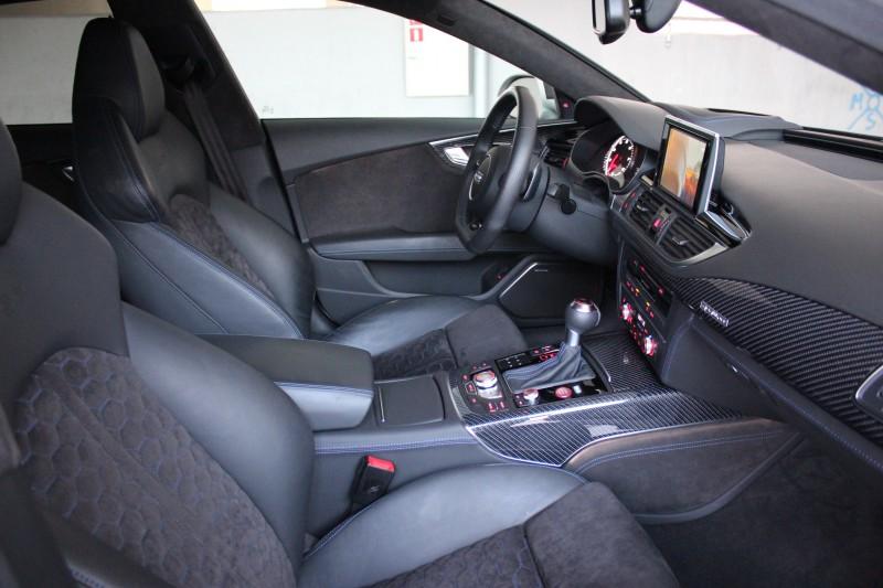 Przeglądasz: Audi RS7 560KM Lifting 2015 r.