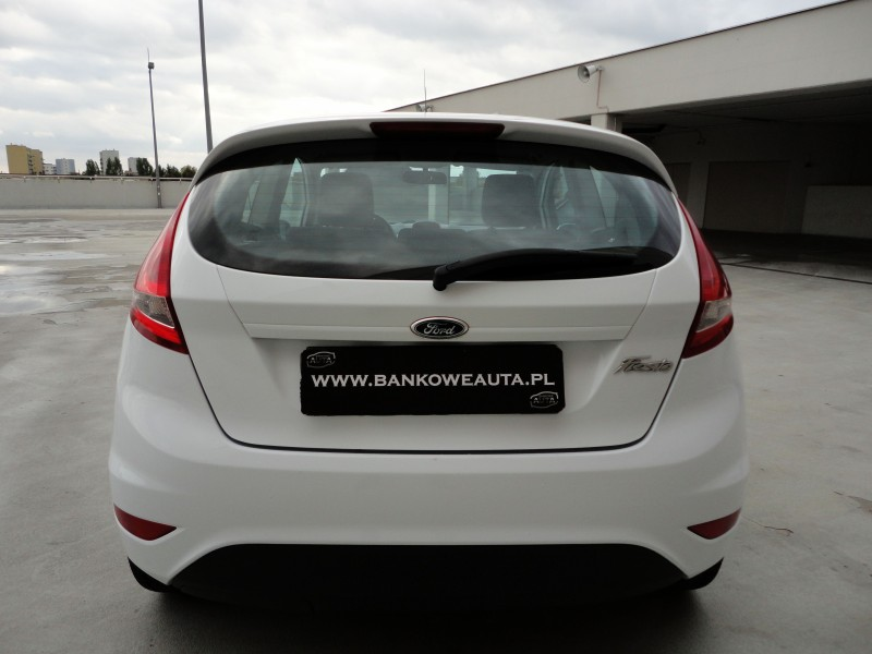 Przeglądasz: Ford Fiesta 1.4TDCi  2011 r. VAT 23%